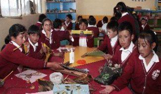720 élèves équipés avec des fournitures scolaires en Equateur
