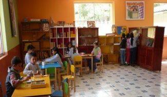 7 écoles équipées avec du matériel pédagogique en Equateur