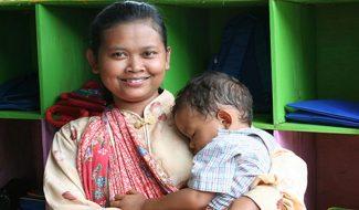 Un certificat de naissance pour vivre avec une identité en Indonésie