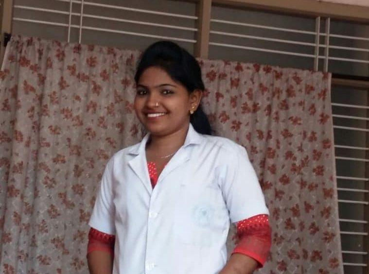 """Vishalakshi """"Je suis devenue infirmière"""""""