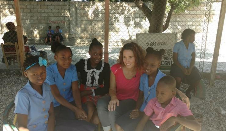 marie sophie lacarrau en mission en Haiti