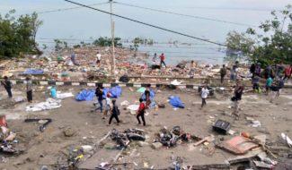 Indonésie: l'ile des celebes frappée par un Tsunami meurtrier