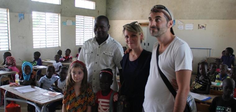 Isabelle, marraine au Sénégal, rencontre pour la première fois sa filleule