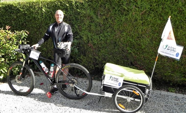 600 km à vélo pour l'éducation des enfants dans le monde !