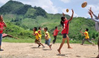 ChildFund Pass It Back : un programme qui utilise le sport en faveur de l'éducation