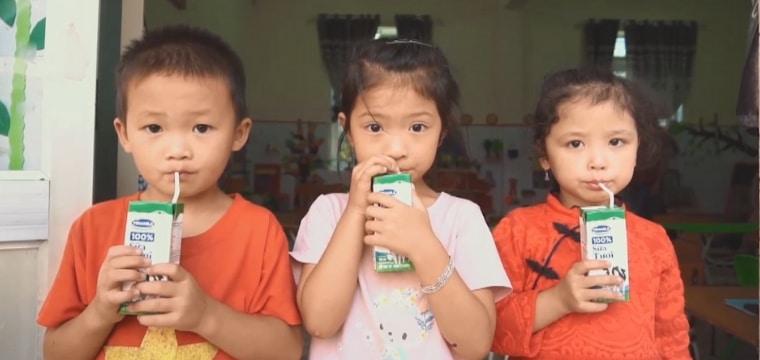 VIETNAM : Une nouvelle cantine pour les enfants de l'école maternelle de Quoc Toan