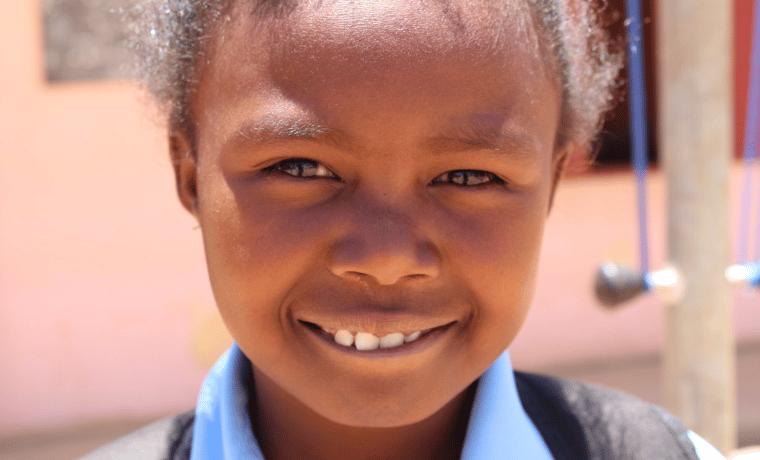 Madagascar construction d'une salle de classe au sein du collège Andravelona