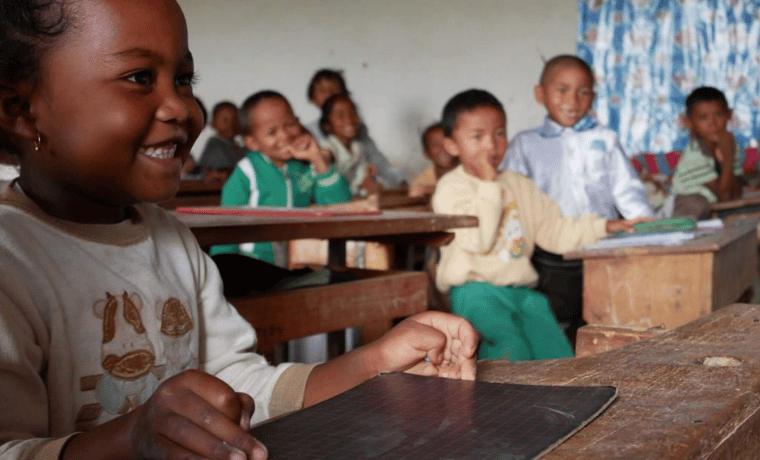 Madagascar : Construction et équipement d'un réfectoire au sein de l'école Antsaomjobe