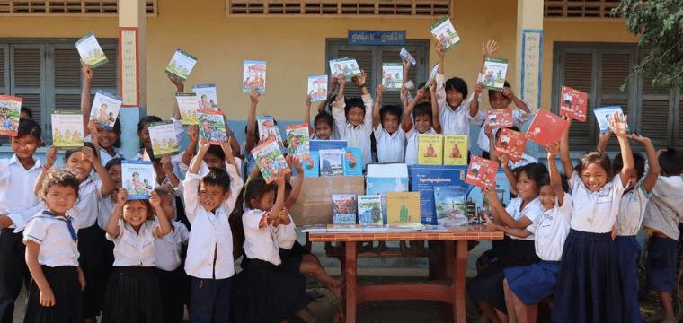 Des livres pour les enfants au Cambodge