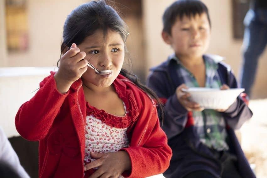 Intégrer notre Cercle de mécènes et devenir partenaire d'Un Enfant par la Main