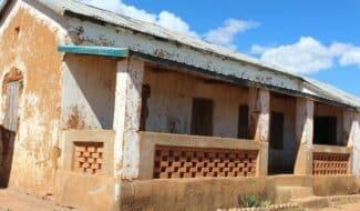 Madagascar : Réhabilitation d'une salle de classe préscolaire dans l'école d'Antoby